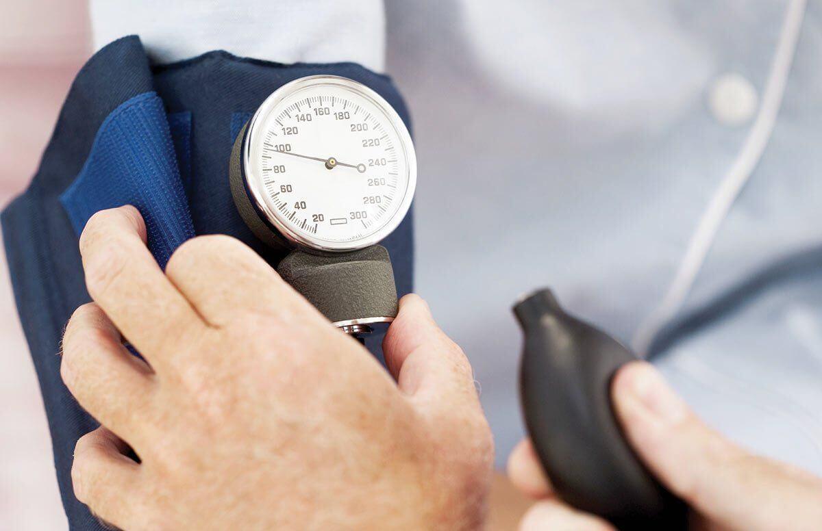 Почему падает давление артериальное давление