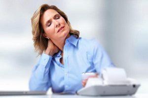 Почему у женщин возникает шейный остеохондроз?