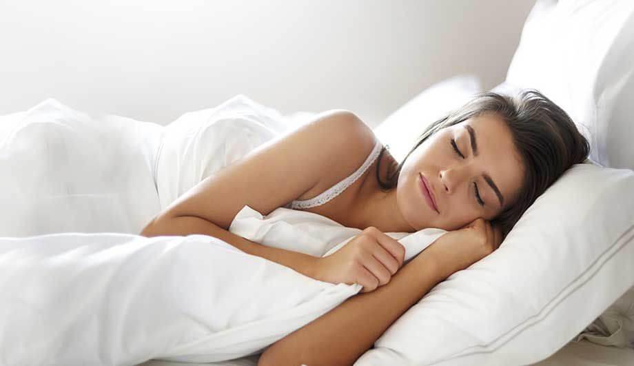 Как правильно лежать при шейном остеохондрозе