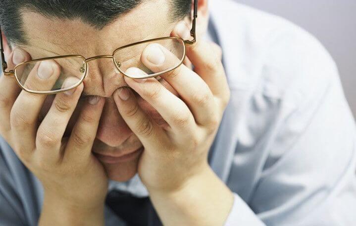 Узнаем какие последствия для зрения могут быть при шейном остеохондрозе
