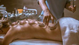 Баночный массаж позвоночника