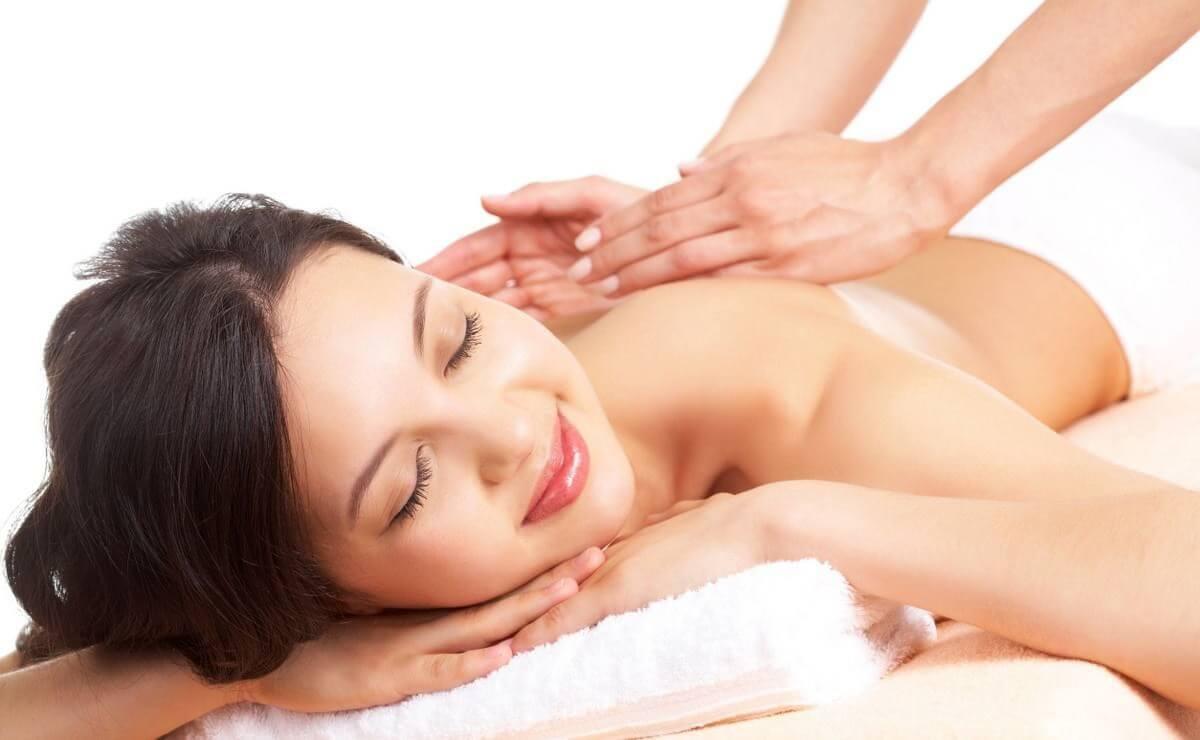 Как делать массаж спины при остеохондрозе позвоночника