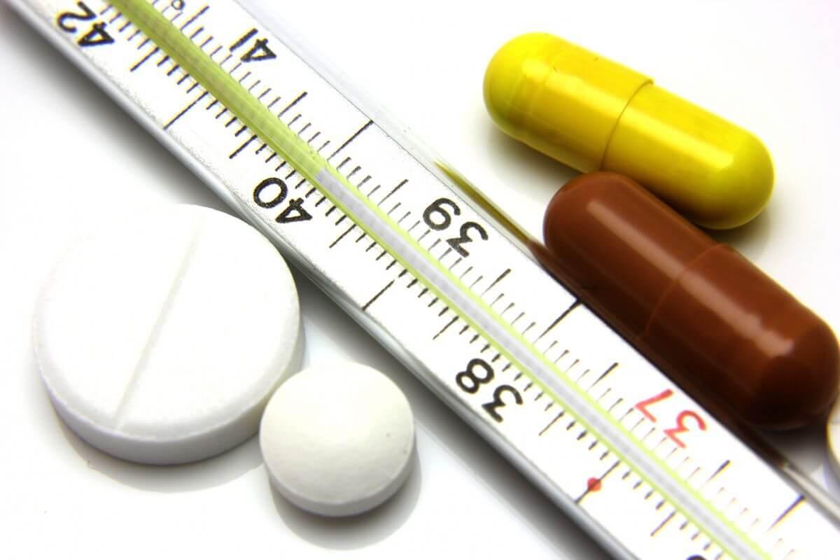 Может ли быть температура при остеохондрозе (шейного, грудного и поясничного отделов позвоночника): может ли повышаться при обострении